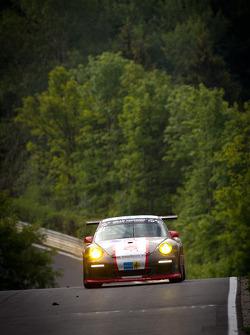 #55 Scuderia Offenbach Porsche 997 Cup: Matthias Weiland, Kai Riemer, Rodney Forbes