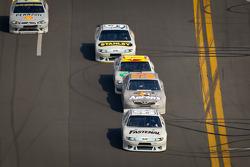 Carl Edwards, Roush Fenway Racing Ford, Mark Martin, Michael Waltrip Racing Toyota, Kyle Busch, Joe
