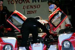 Alexander Wurz tests the Toyota Hybrid TS030