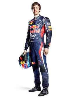 Себастьян Феттель. Презентация Red Bull RB8, Студийная съёмка.