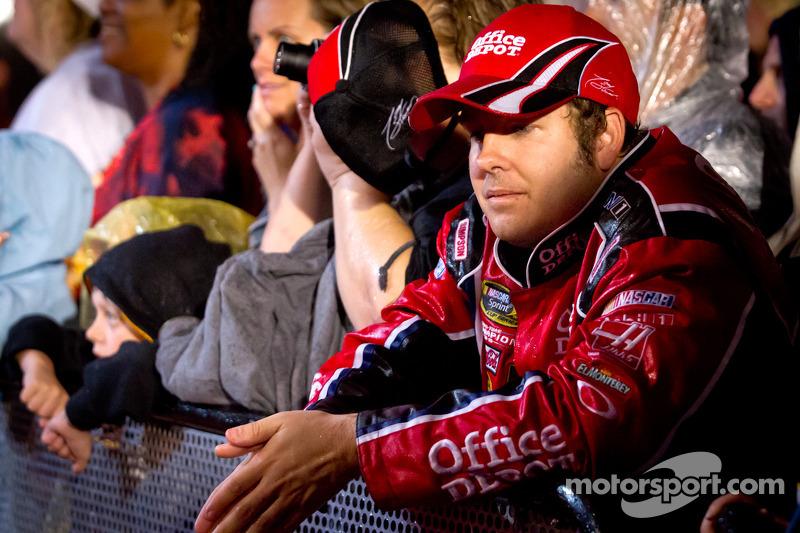 A fan of Tony Stewart, Stewart-Haas Racing Chevrolet