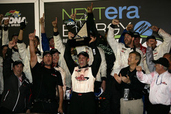 Victory lane: race winner John King, Red Horse Racing Toyota celebrates
