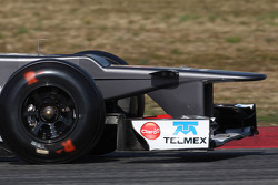 Sauber front wing and nose cone