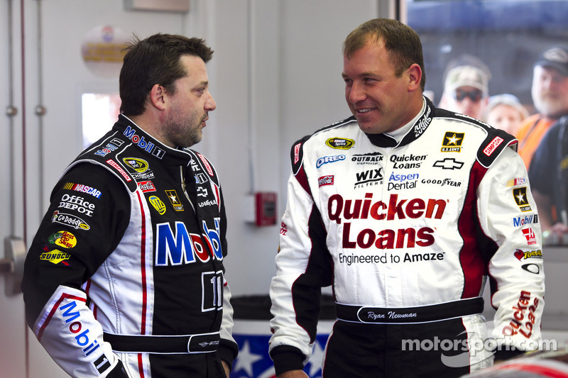 Tony Stewart and Ryan Newman, Stewart-Haas Racing Chevrolet