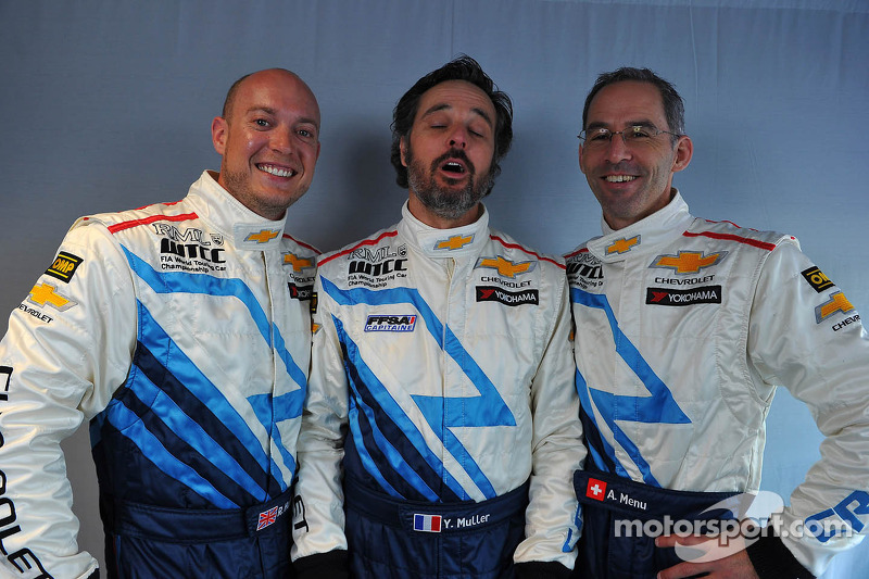 Robert Huff, Chevrolet Cruze 1.6T, Chevrolet,Yvan Muller, Chevrolet Cruze 1.6T, Chevrolet en Alain Menu, Chevrolet Cruze 1.6T, Chevrolet