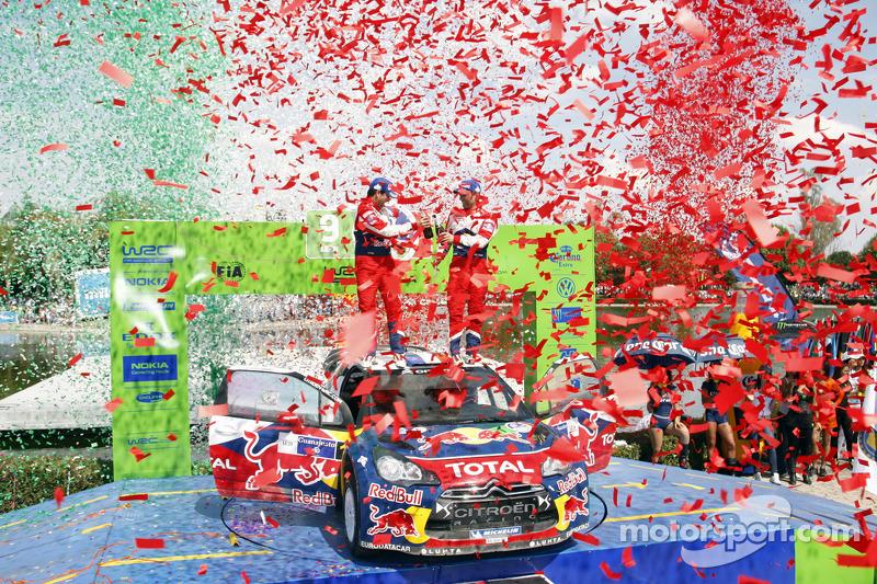 Podio: ganadores Sébastien Loeb y Daniel Elena, Citroën DS3 WRC, Citroën Total World Rally Team