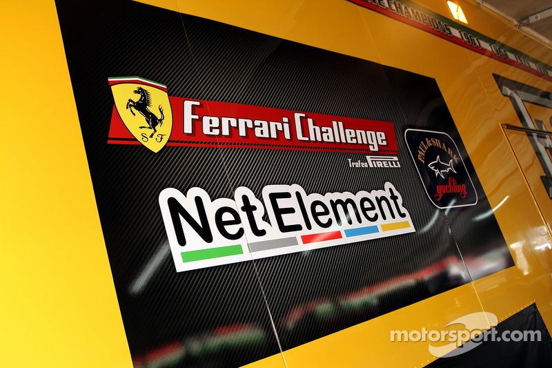 Ferrari Challenge bord