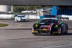 №73 Park Place Motorsports Porsche GT3 R: Патрик Линдси, Йорг Бергмайстер, Мэтью МакМарри