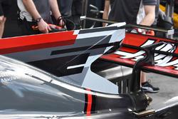 Т-образное крыло Haas F1 VF-17