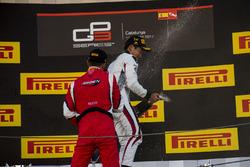 Подіум: другий призер Леонардо Пульчіні (Arden), третій призер Алессіо Лоранді (Jenzer)