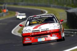#122 Kissling Motorsport / Team Beckmann, Opel Manta: Olaf Beckmann, Peter Hass, Volker Strycek, Jürgen Schulten