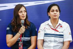 Тетяна Калдерон, Sauber, та Моніша Кальтенборн, керівник команди і генеральний директор Sauber, на прес-конференції Motorsport для жінок