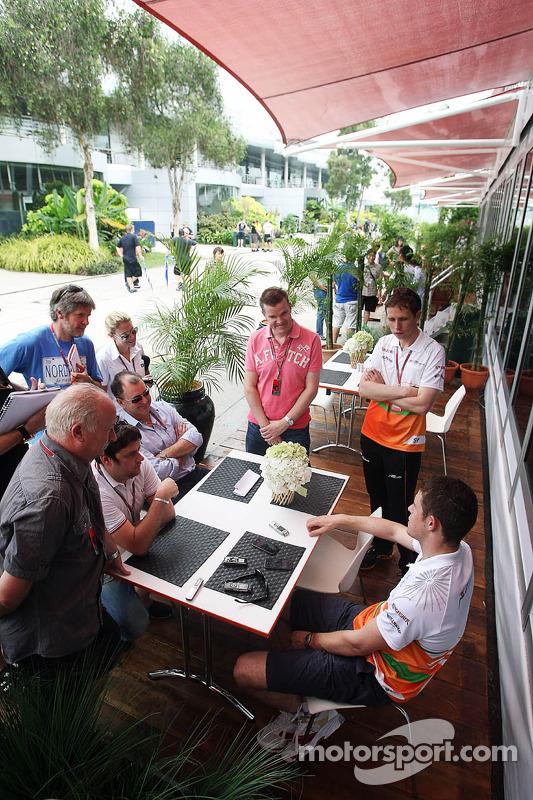 Paul di Resta, Sahara Force India F1 met de media