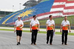 Nico Hulkenberg, Sahara Force India F1 walks the circuit with his engineers