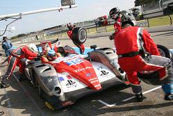Pit stop for #19 Sébastien Loeb Racing Oreca 03 - Nissan: Stéphane Sarrazin, Nicolas Minassian, Nicolas Marroc