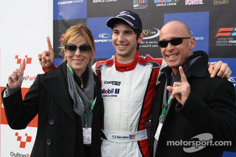 Felix Serralles en ouders