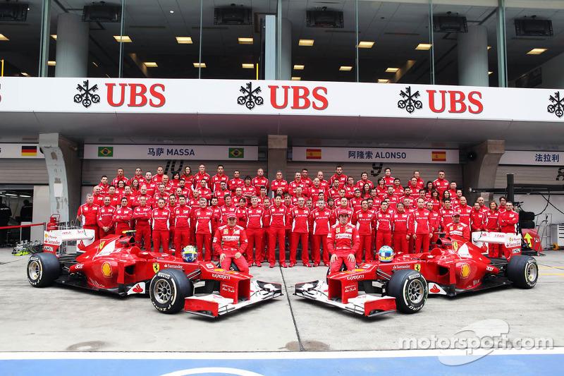 Felipe Massa, Scuderia Ferrari en Fernando Alonso, Scuderia Ferrari teamfoto