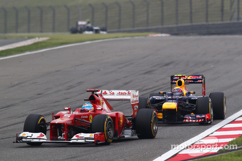 Fernando Alonso, Ferrari voor Mark Webber, Red Bull Racing