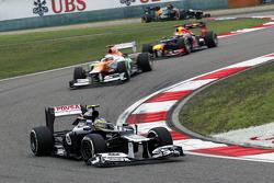 Bruno Senna, Williams met met beschadigde voorvleugel