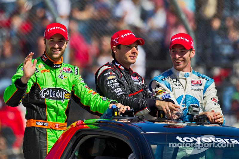 Raceinner Will Power, Verizon Team Penske Chevrolet, second place Simon Pagenaud, Schmidt/Hamilton Motorsports Honda, third place James Hinchcliffe, Andretti Autosport Chevrolet