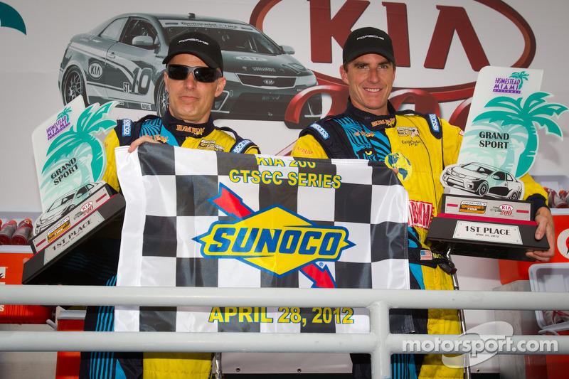 GS podium: class and overall winners Matt Plumb and Nick Longhi