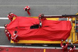 Fernando Alonso, Scuderia Ferrari returned to the pits