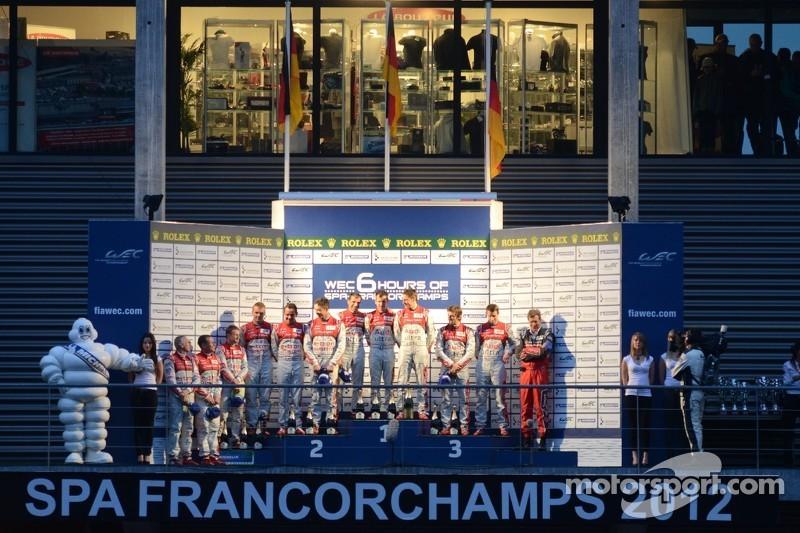 LMP1 Podium: winnaars, Romain Dumas, Loic Duval, Marc Gene, 2de, Allan McNish, Tom Kristensen, Rinaldo Capello, 3de, Oliver Jarvis, Marco Bonanomi