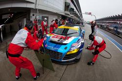#21 Hitotsuyama Racing Audi R8 LMS: Cyndie Allemann, Akihiro Tsuzuki, Yukinori Taniguchi