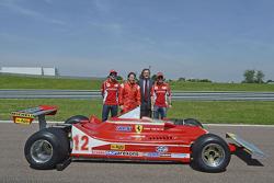 Fernando Alonso, Jacques Villeneuve, Luca di Montezemolo and Felipe Massa with the 312 T4