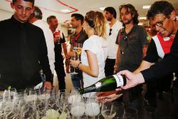 Celebrazione vittoria alla 24 Ore di Le Mans
