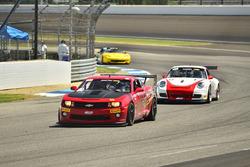 #65 TA4 Chevrolet Camaro, Joe Bogetich, Bogie Motorsports, #5 TA3 Porsche 997, Milton Grant, Grant Racing 2