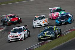 Wolfgang Schuhbauer, Mathias Hüttenrauch, Christian Gebhardt, Aston Martin Vantage GT8