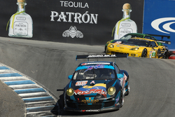 #66 TRG Porsche 911 GT3 Cup: Mike Hedlund, Tracy Krohn, Nick Tandy