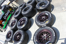 Indy 500 Firehawks await practice