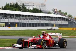 Fernando Alonso, Scuderia Ferrari gebruikt tear-off van zijn helm
