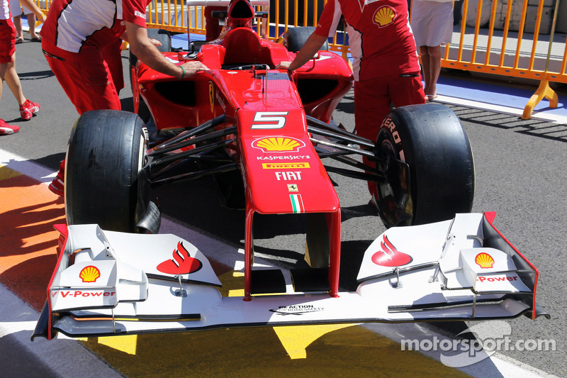 Ferrari F2012 voorvleugel