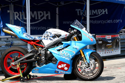 #197 Triumph Daytona 675: Richard Harris