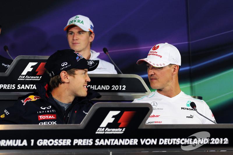 Sebastian Vettel, Red Bull Racing en Michael Schumacher, Mercedes AMG F1 in de FIA persconferentie