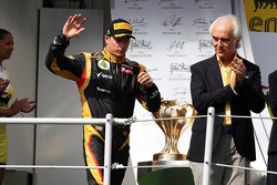 Podium: second place Kimi Raikkonen, Lotus Renault F1 Team