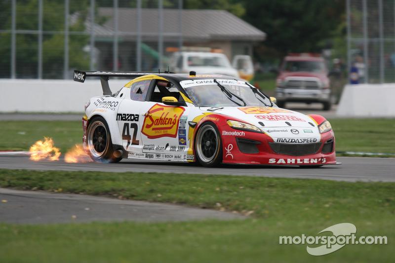#42 Team Sahlen Mazda RX-8: Joe Nonnamaker, Wayne Nonnamaker