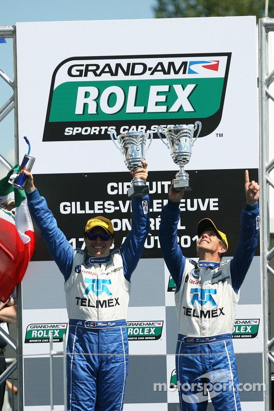 Podium: race winners Scott Pruett and Memo Rojas