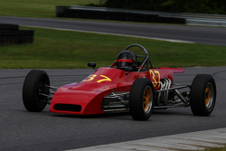 17 Jim MacNicholl Bethel, Conn. 1981 Van Diemen Formula Ford