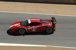 #63 Scuderia Corsa Ferrari 458: Oliver Beretta, Alessandro Balzan