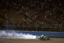 Race winner Ed Carpenter, Ed Carpenter Racing Chevrolet celebrates