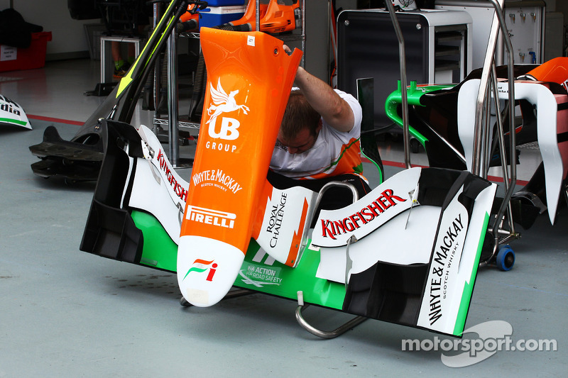 Sahara Force India F1 voorvleugel en neus