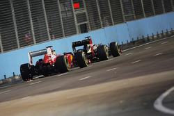 Felipe Massa, Ferrari follows Romain Grosjean, Lotus F1