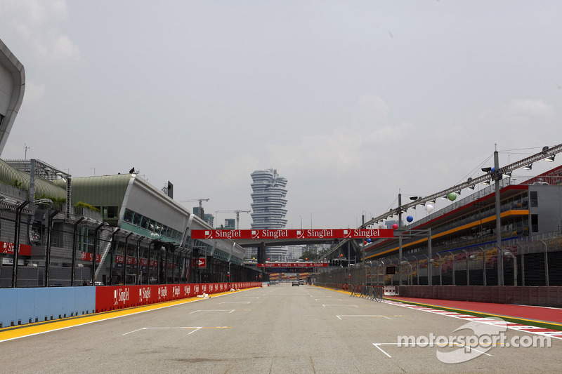 The track atmosphere