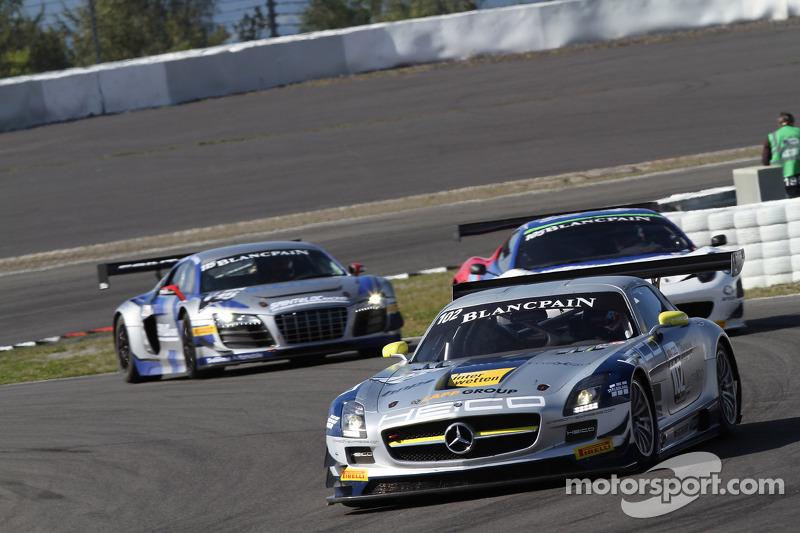 #102 Heico Gravity-Charouz Team Mercedes-Benz SLS AMG GT3: Mika Vahamaki, Max Nilsson