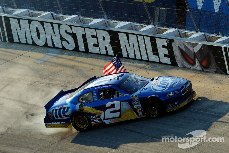 Winner Brad Keselowski, Penske Racing Dodge celebrates