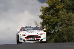 #187 Aston Martin Test Centre V8 Vantage: Ulrich Bez, Pepi Strobl, Wolfgang Schuhbauer